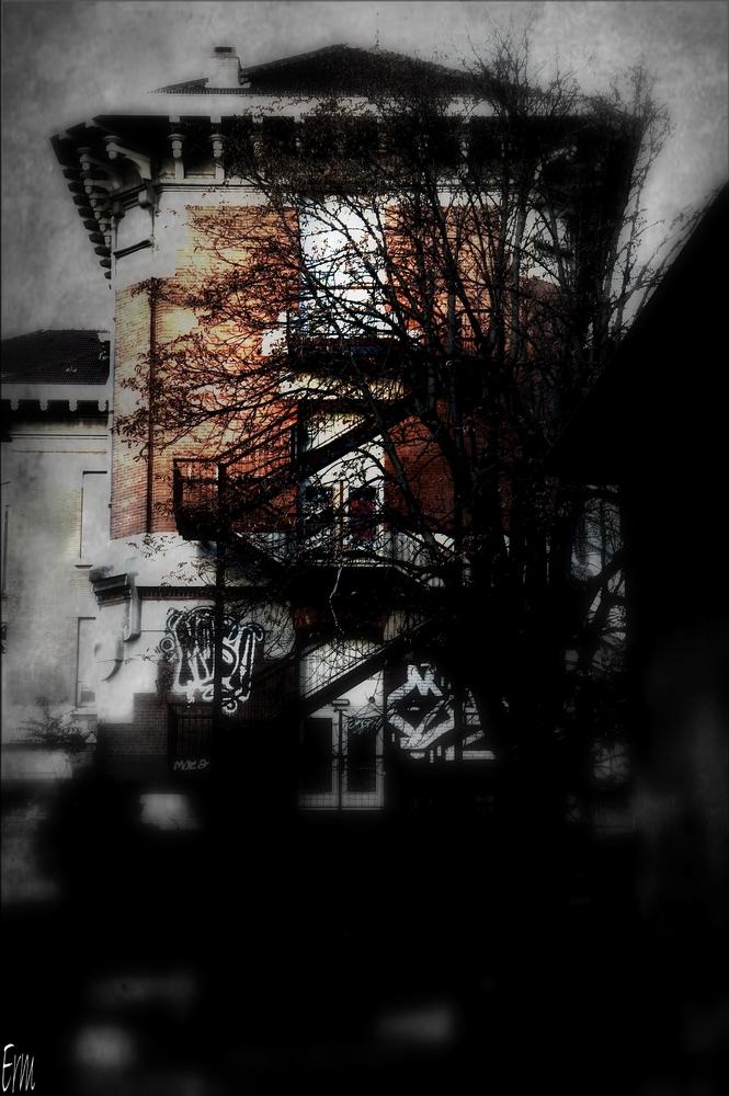 haunteda19390089.jpg