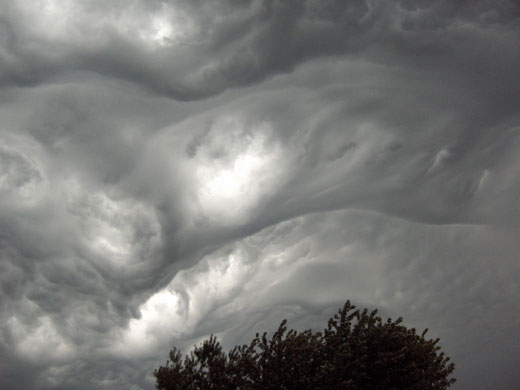 1-asperatus-cloud-over-east-007-1 dans Merveilles de la nature